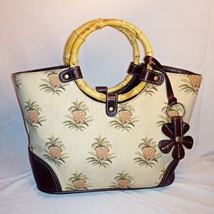 Relic pineapple and bamboo handle purse